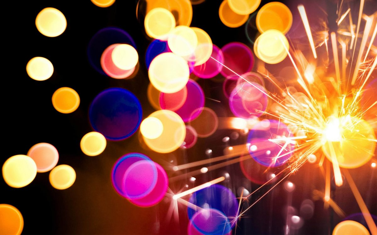 картинки и картички за нова година с бенгалски огън